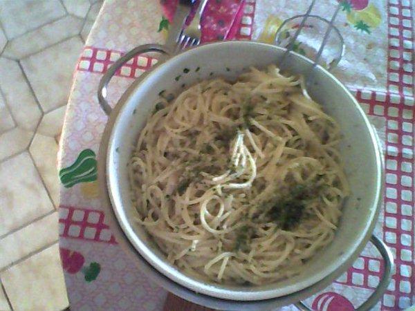 Spaghetti con le acciughe e pangrattato!