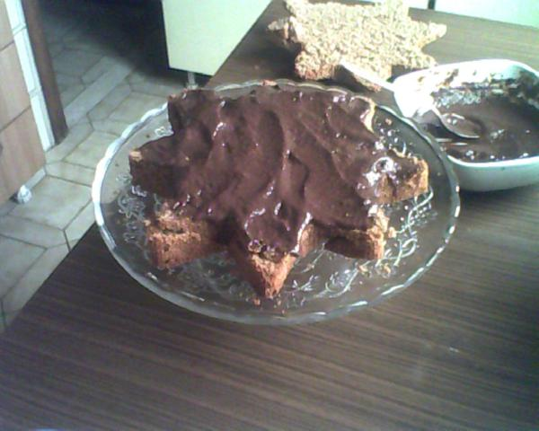 torta di compleanno farcita