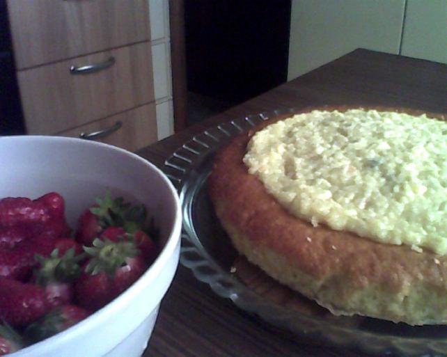 torta con ricotta e fragole..
